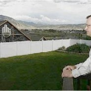 Irritated Utah Neighbor Flips the Bird in a major way . . .